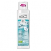 Champú hidratante Basis Sensitiv  LAVERA 250 ml
